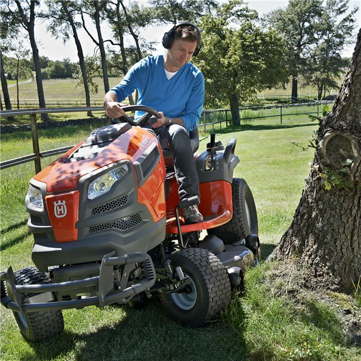 lawn-tractor.jpg